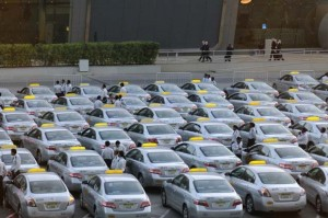 Business and jobs Featured  1-300x199 Interactive adverts to be introduced to Abu Dhabi taxis
